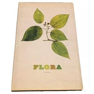 FLORA By Sandra Knapp - Hardcover With Dust Jacket